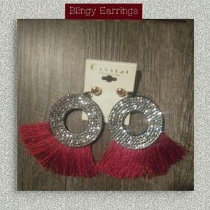 EARRINGS ( NWT ) Very BLINGY!!! 💓💓💓